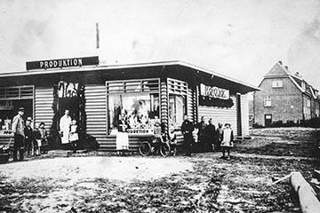 Bau der Siedlung Nettelnburg 1928-1930, Geschäft der Produktion